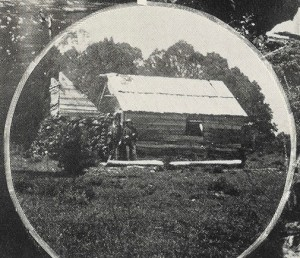 Hut in the Vale of Belvoir. AW Lord photo from the Weekly Courier, 20 July 1922, p.22.